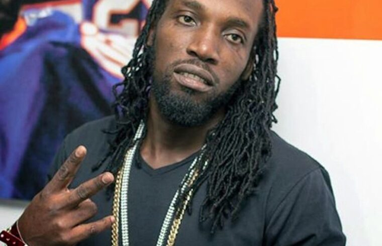 Mavado shows resilience at U.S. stage show